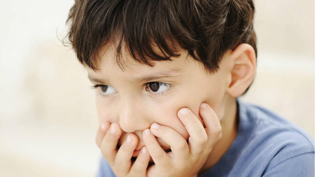 Tuần khủng hoảng ở trẻ nhỏ và cách xử lý