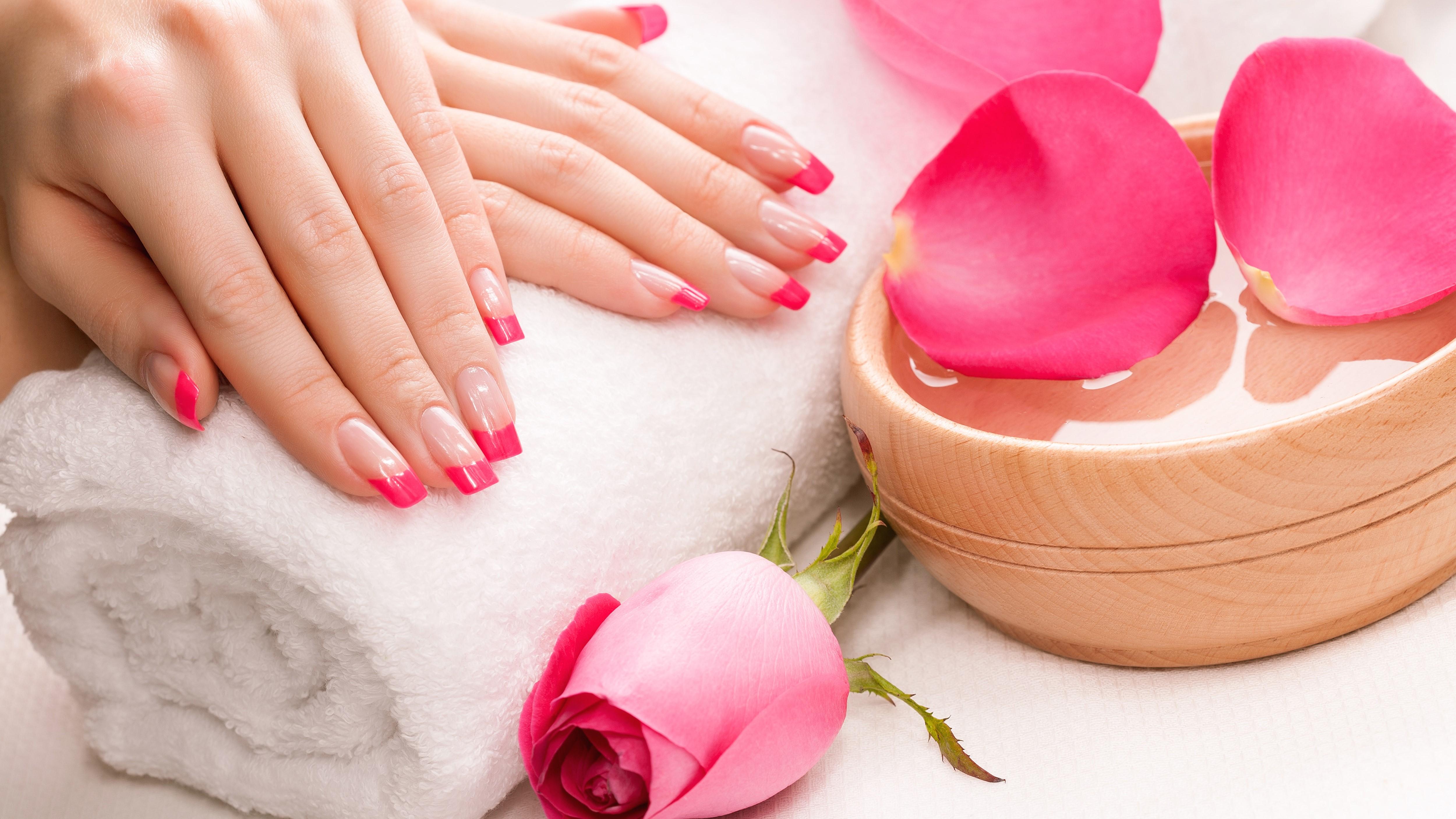 Nghệ thuật làm nail và sơn gel cho người mới bắt đầu để trở thành thợ nail chuyên nghiệp