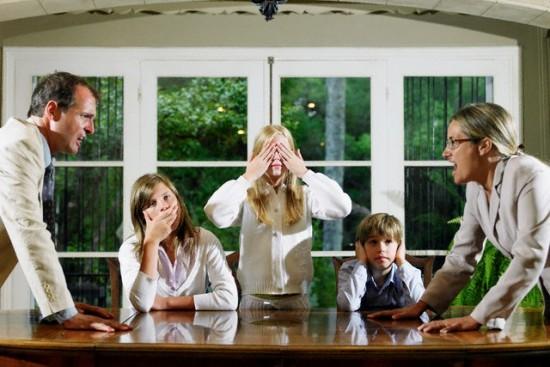 Học giải quyết mâu thuẫn thường gặp trong gia đình online | Edumall Việt Nam