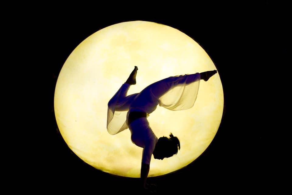 Yoga trị liệu bệnh tiền đình, đau đầu, mất ngủ - phục hồi sức khoẻ