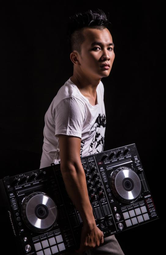 Ảo thuật với âm thanh cùng DJ số 1 Việt Nam